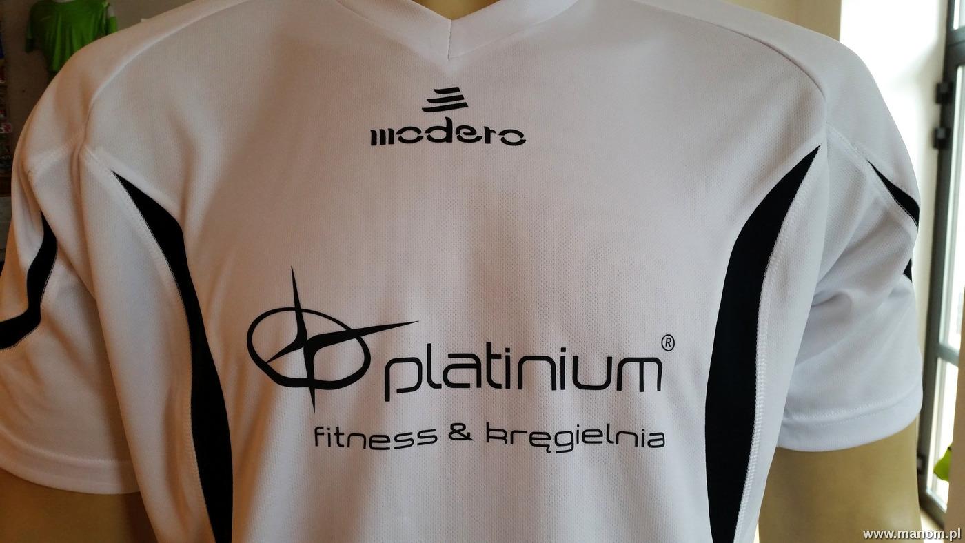 nadruk dużego logo