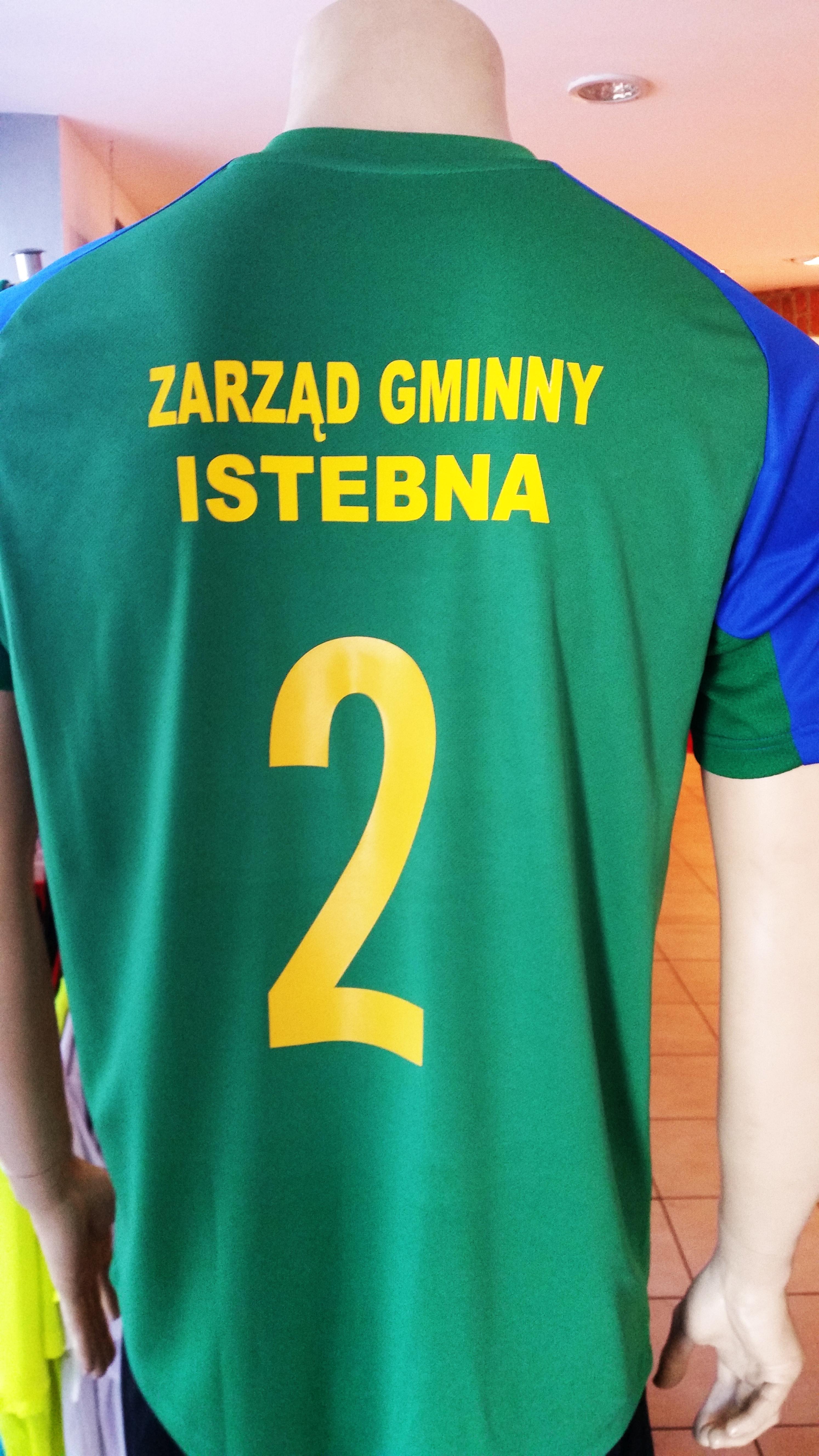 numer promocyjny i napis w 2 linijkach flexem na plecach koszulki sportowej Modero Perso