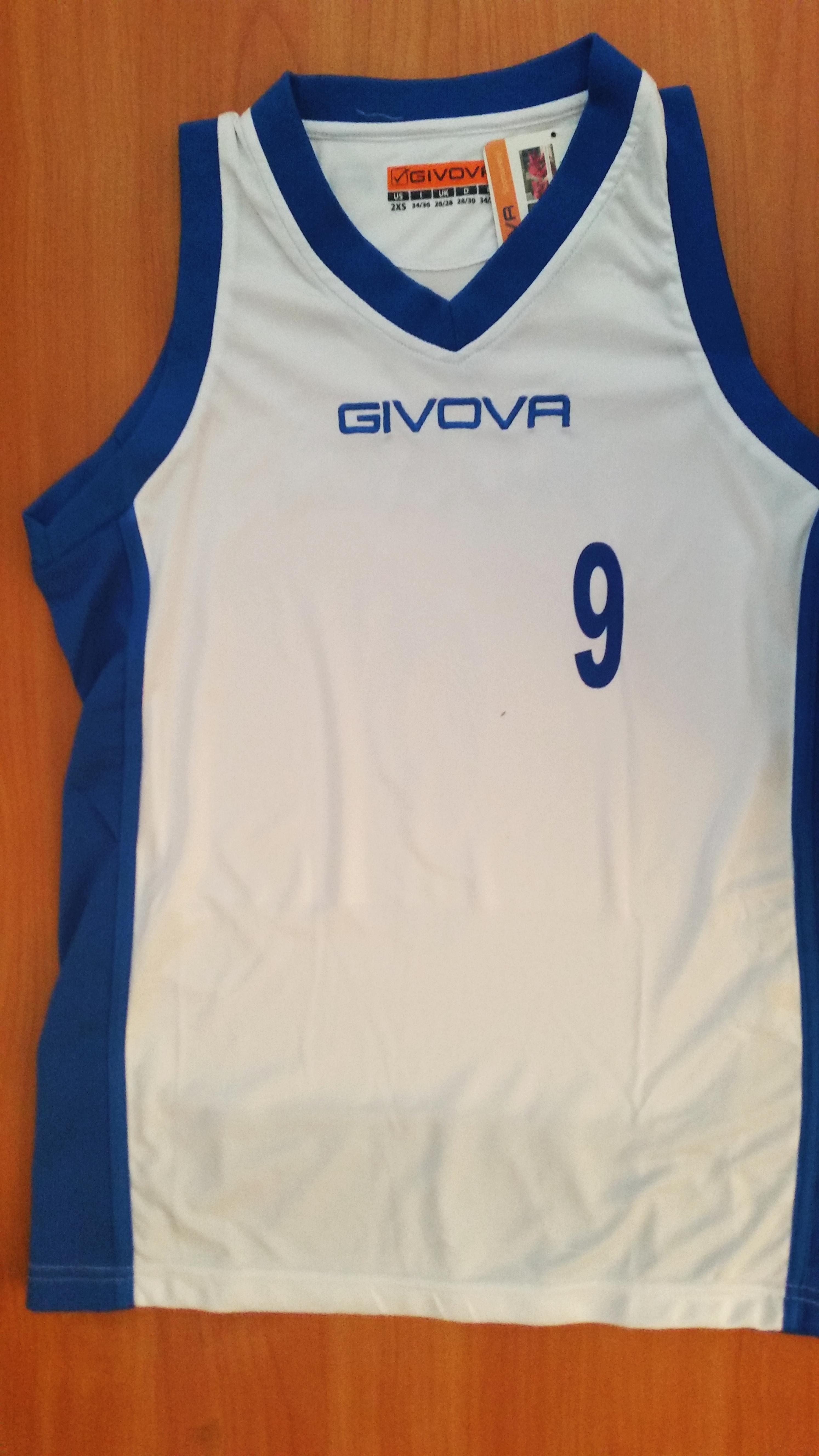 nadruk numer mały na koszulce siatkarskiej Givova